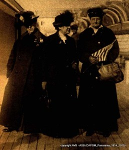 Jane Addams (presidente du Congres international des Femmes de La Haye), Emily Green Balch et Alice Hamilton.