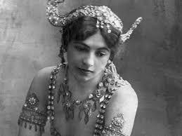 Mata Hari fusillée le 15 octobre 1917